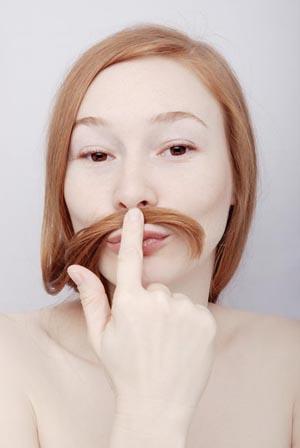 Как гормоны влияют на рост волос на лице и теле женщины